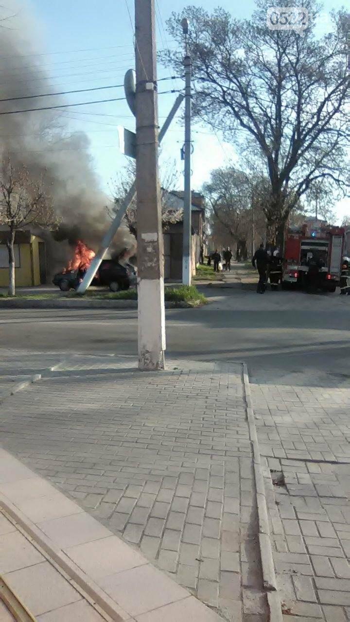 "В Кропивницком сгорела ""Таврия"" (ФОТО), фото-4"