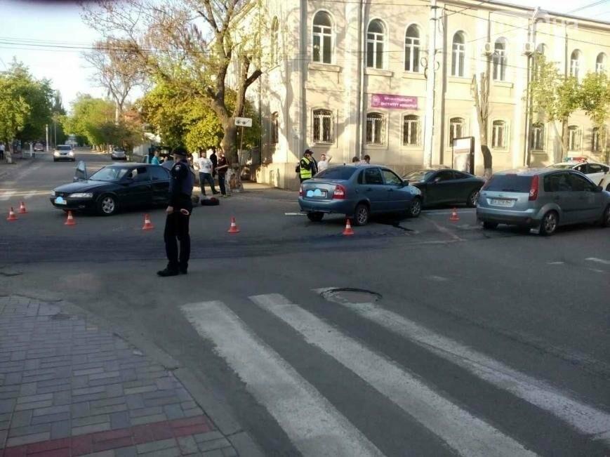 В центре Кропивницкого случилось тройное ДТП ФОТО, фото-4