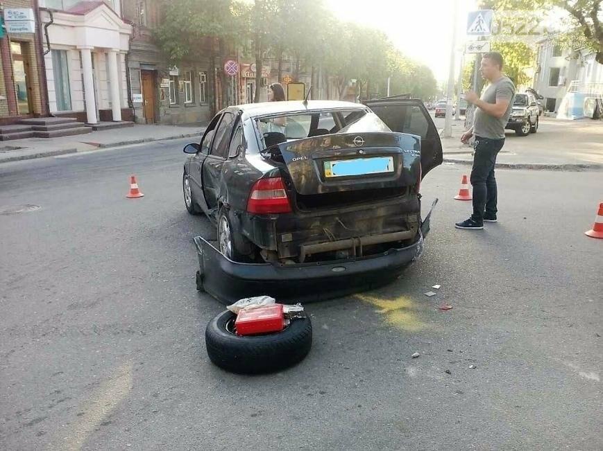 В центре Кропивницкого случилось тройное ДТП ФОТО, фото-6