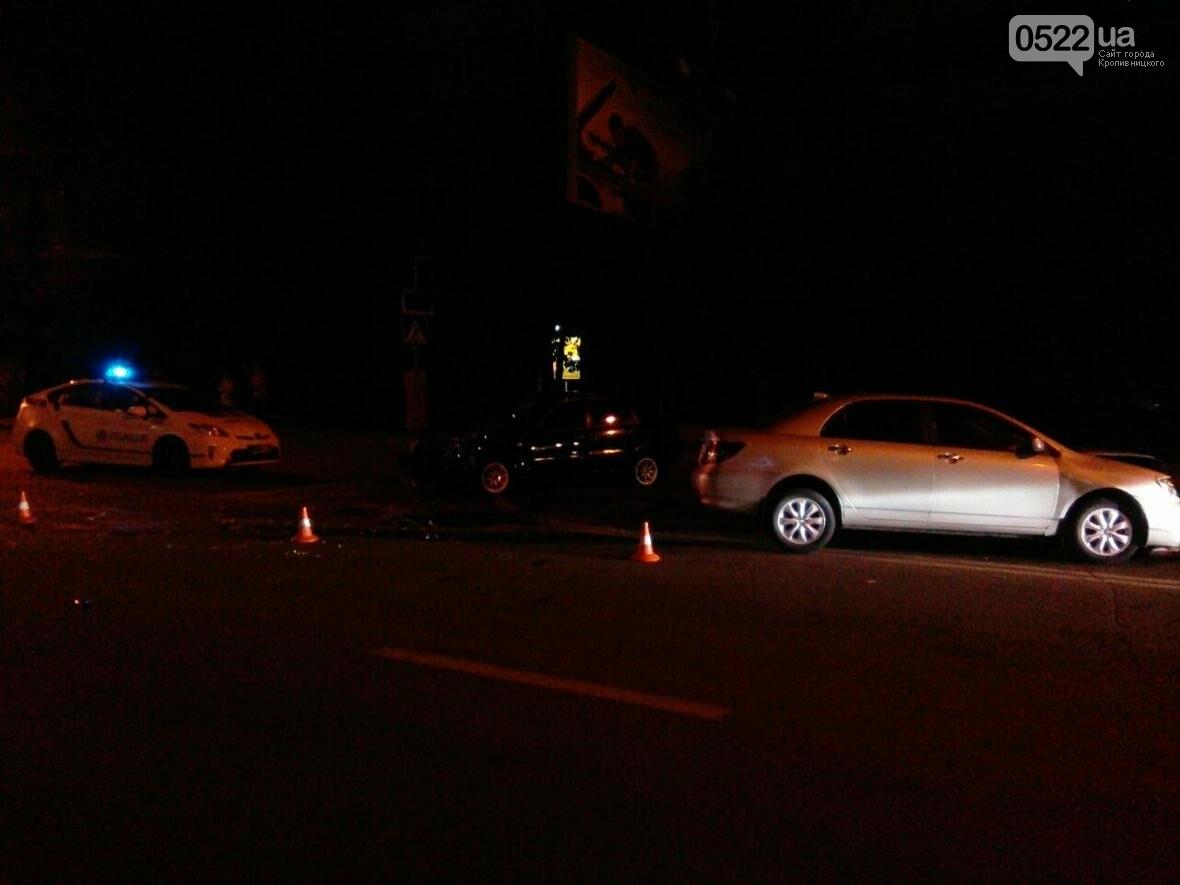 В областном центре снова произошло серьезное ДТП ФОТО, фото-1