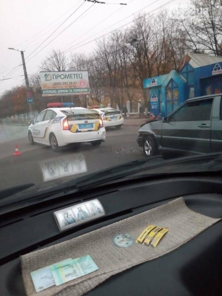 В Кропивницком автомобиль патрульной полиции попал в ДТП. ФОТО, фото-2