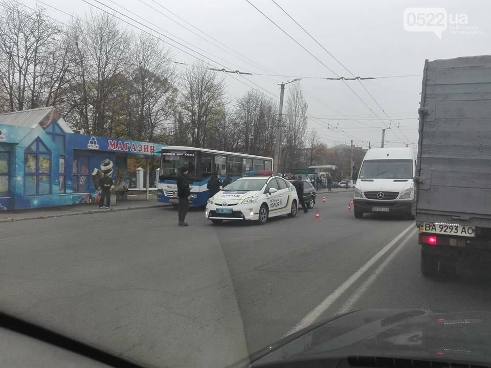 В Кропивницком автомобиль патрульной полиции попал в ДТП. ФОТО, фото-6