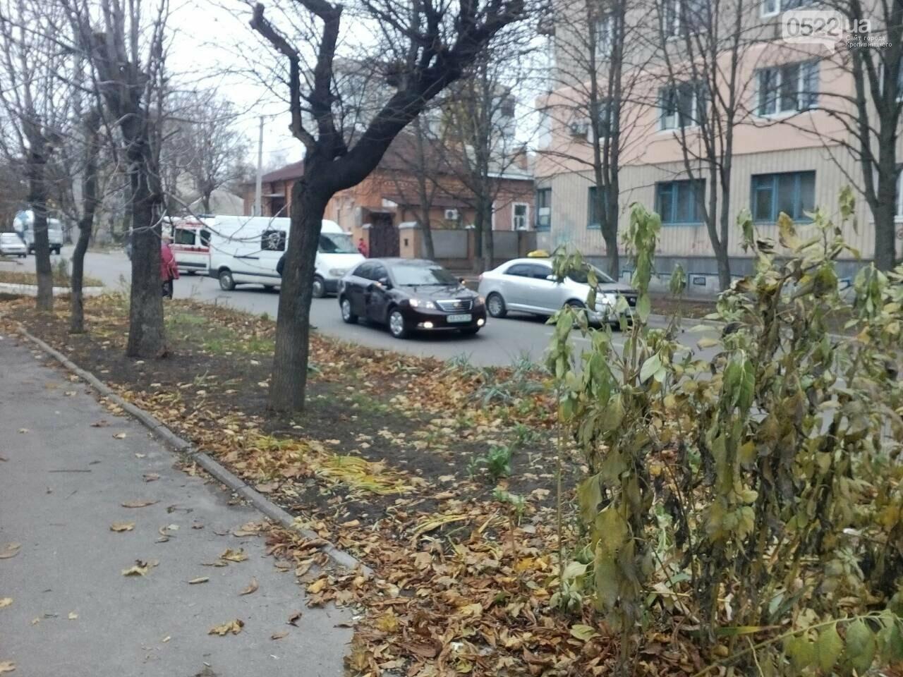 В Кропивницком в ДТП попал автомобиль скорой помощи. ФОТО, фото-1
