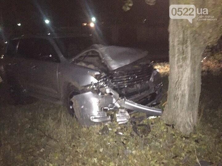ДТП в Кропивницком: внедорожник врезался в дерево. ФОТО, фото-4