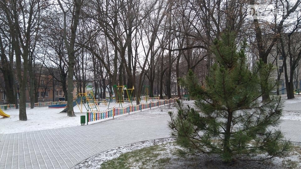 """У реконструйованому сквері """"Покровський"""" побували вандали. ФОТО, фото-10"""