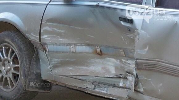 В Александрии сильно столкнулись два автомобиля. ФОТО, фото-3