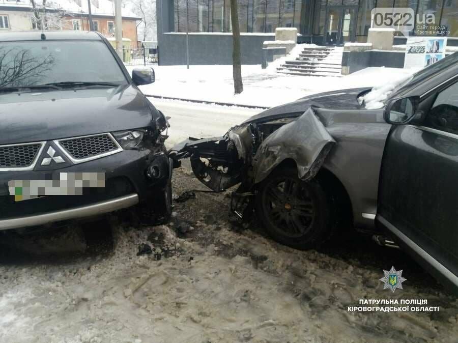 """В Кропивницком пьяный водитель автомобиля """"Porsche"""" устроил ДТП. ФОТО, фото-5"""