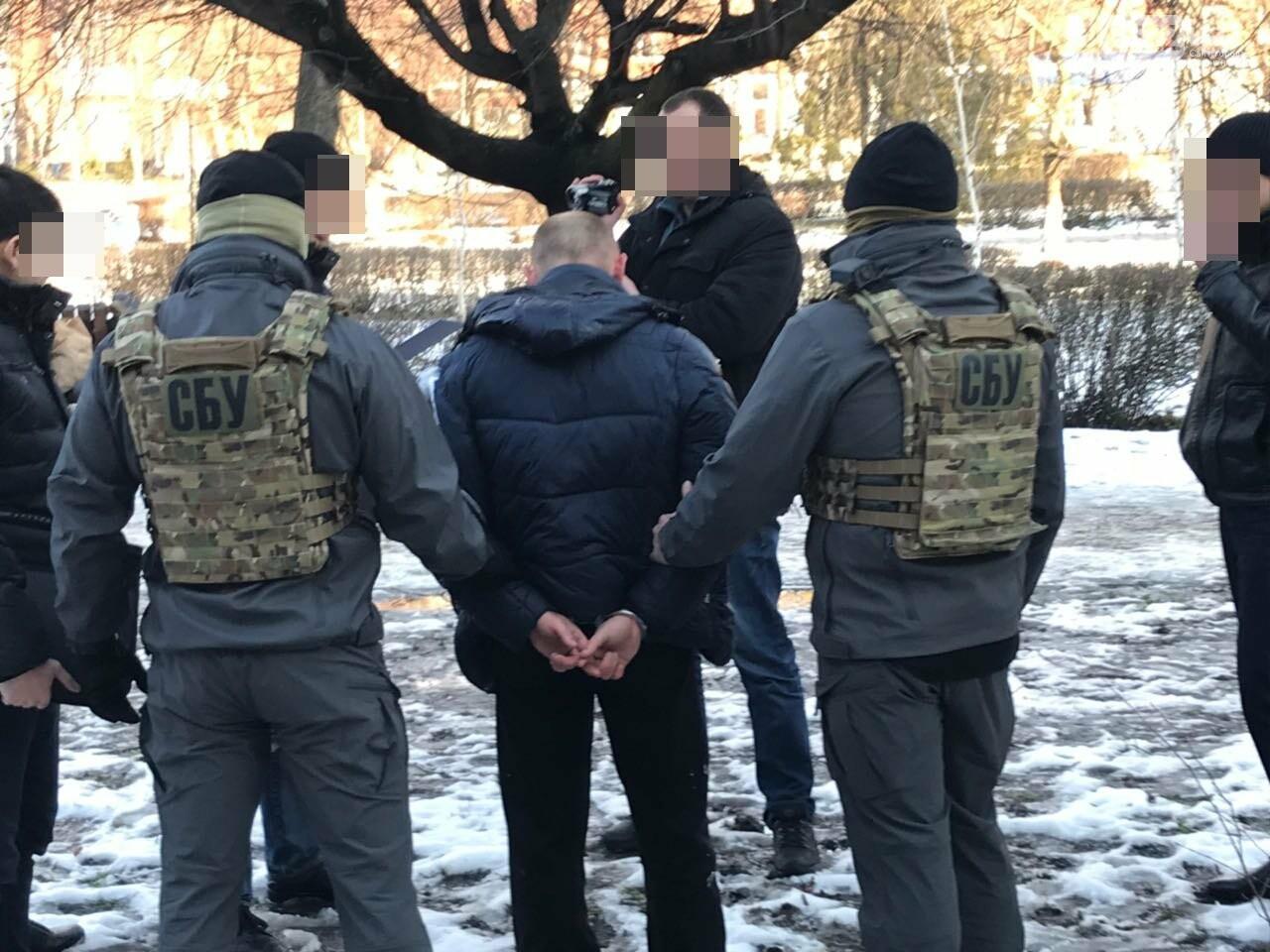 В Александрии СБУшники задержали двух полицейских, которые промышляли торговлей наркотиками ФОТО, фото-7