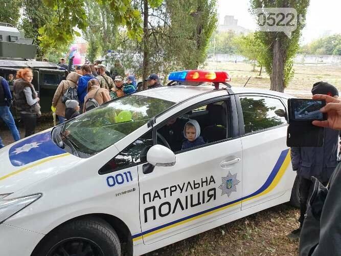 Кропивницький: за традицією, на Козачому острові проходить Фестиваль вуличної їжі (ФОТО) , фото-9