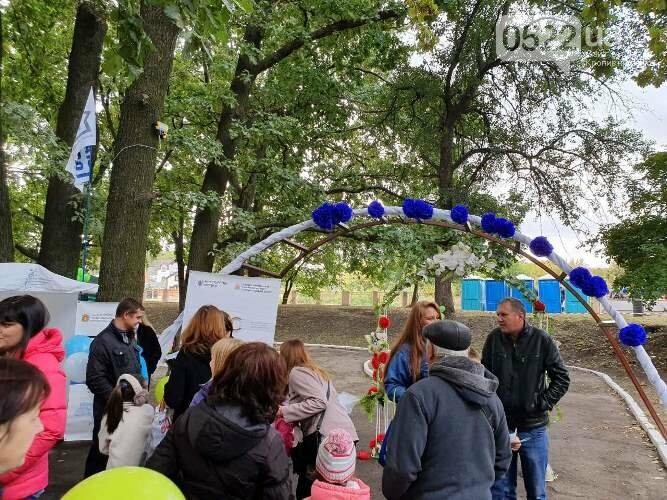 Кропивницький: за традицією, на Козачому острові проходить Фестиваль вуличної їжі (ФОТО) , фото-11