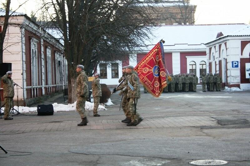 Кропивницький: На території військової частини відкрили пам'ятник князю Святославу Хороброму, фото-1