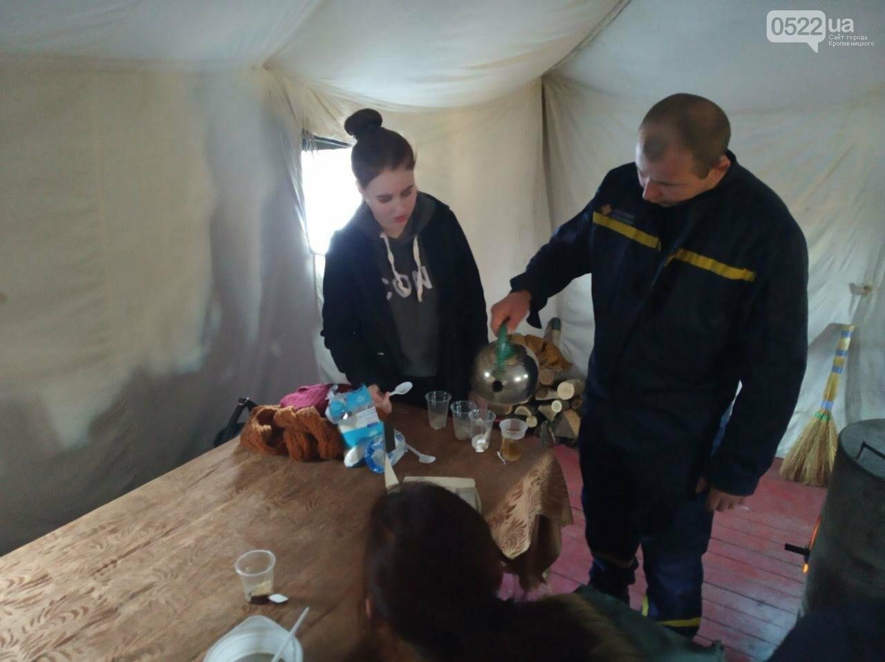 Рятувальники продовжують надавати допомогу населенню та комунальникам Світловодська по ліквідації НС, фото-1