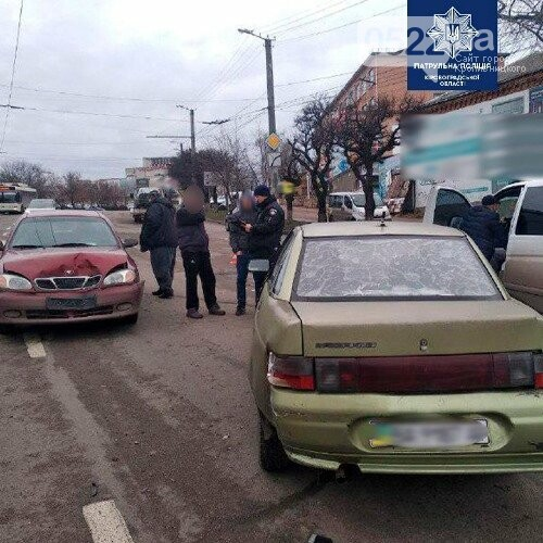 У Кропивницькому зіштовхшулися три автомобілі, фото-1