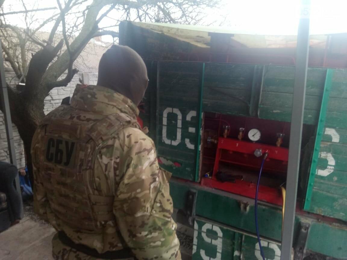 Кіровоградщина: Правоохоронними органами припинено незаконну діяльність нелегальних автозаправних пунктів, фото-3