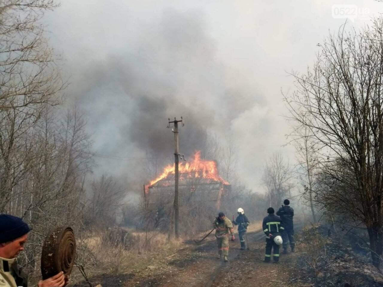 Зведений підрозділ кіровоградського гарнізону допомагає долати лісові пожежі на Київщині, фото-10