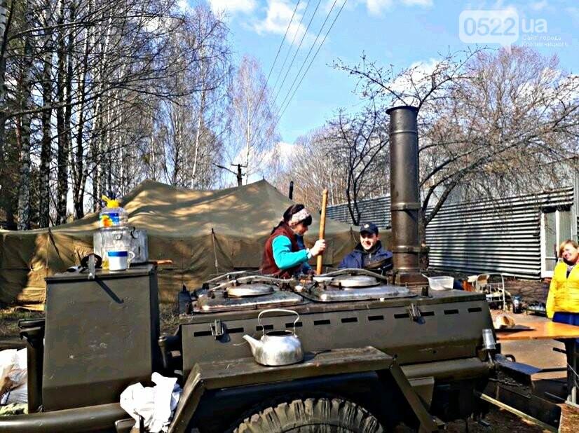 Зведений підрозділ кіровоградського гарнізону допомагає долати лісові пожежі на Київщині, фото-17