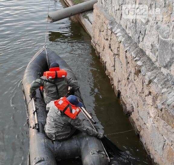 Купальний сезон розпочався трагічно: чоловіка дістали з водойми, фото-1