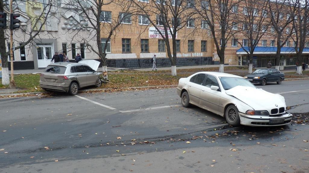 ДТП на Кировоградщине: водителя с места аварии увезла скорая.ФОТО, фото-6