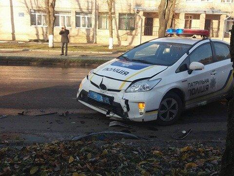 В Кропивницком патрульный автомобиль попал в ДТП. ФОТО, фото-1