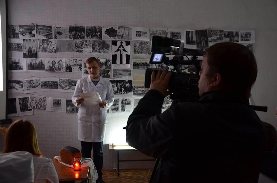 Кропивницькі студенти провели вечір-реквієм до Дня пам'яті жертв Голодомору. ФОТО, фото-3