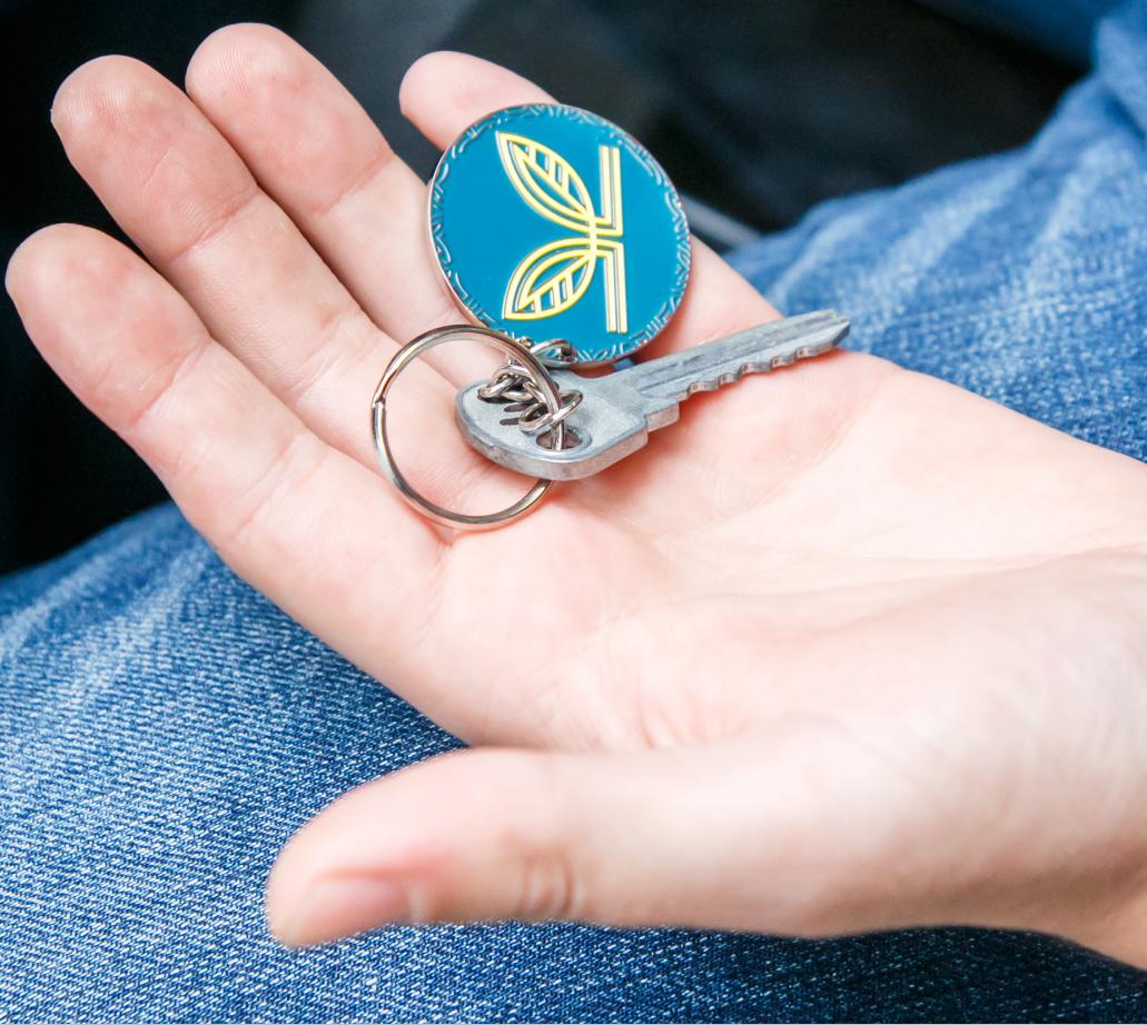 У Кропивницькому щасливі власники квартир другої черги житлового комплексу «Ковалівський» отримали свої ключі від забудовника «CBS Холдинг», фото-2