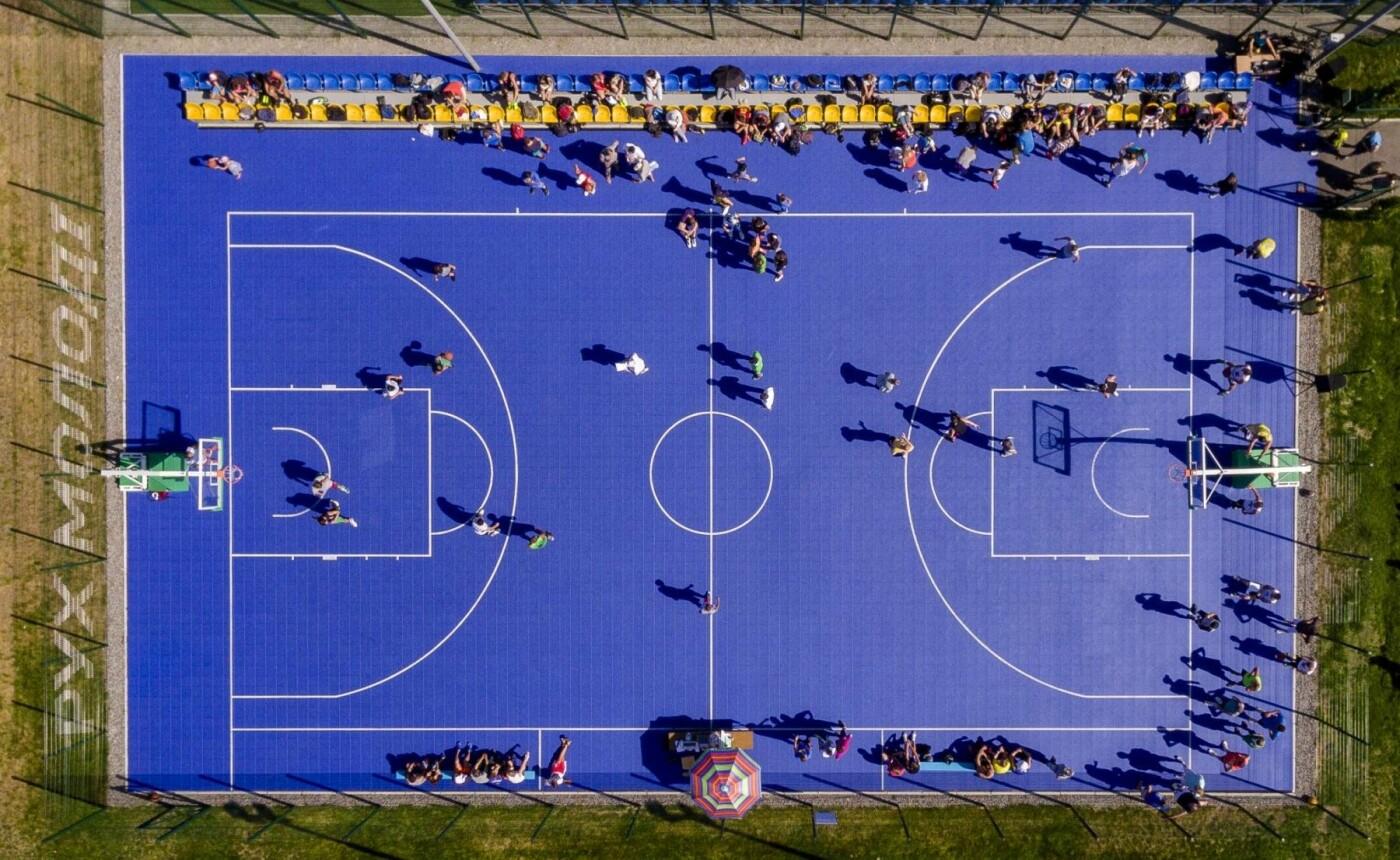 Фонд «Рух молоді» допомагає будувати спортивні майданчики по всій Україні, фото-6