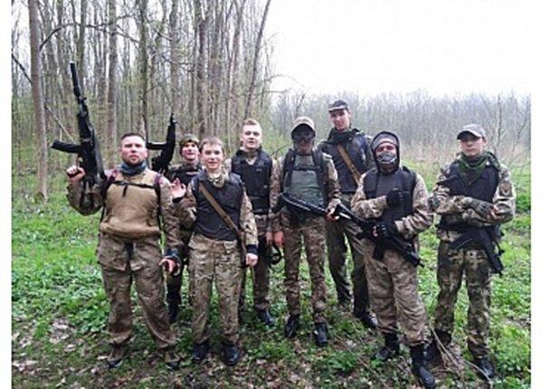 У Кропивницькому дiти стрiляли та штурмували будiвлi (ФОТО), фото-2