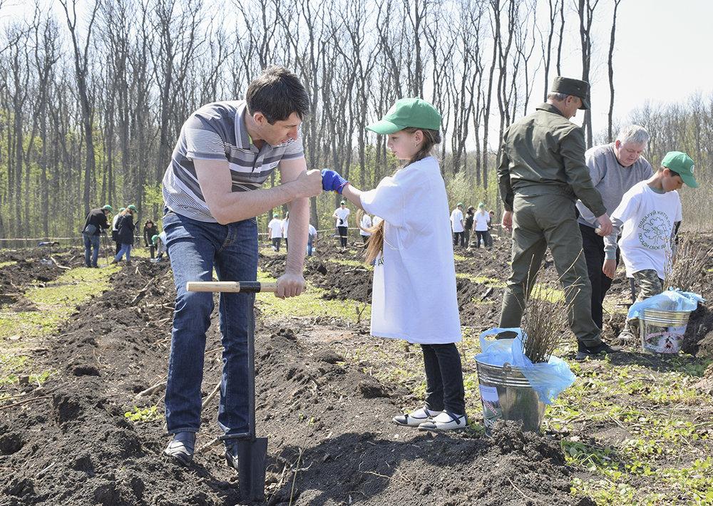В урочищi на Кiровоградщинi висадили близько 3000 саджанцiв дуба (ФОТО), фото-7