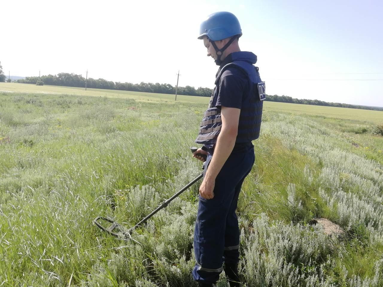 На Кіровоградщині знову знайшли і знищили артилерійські снаряди (ФОТО), фото-1