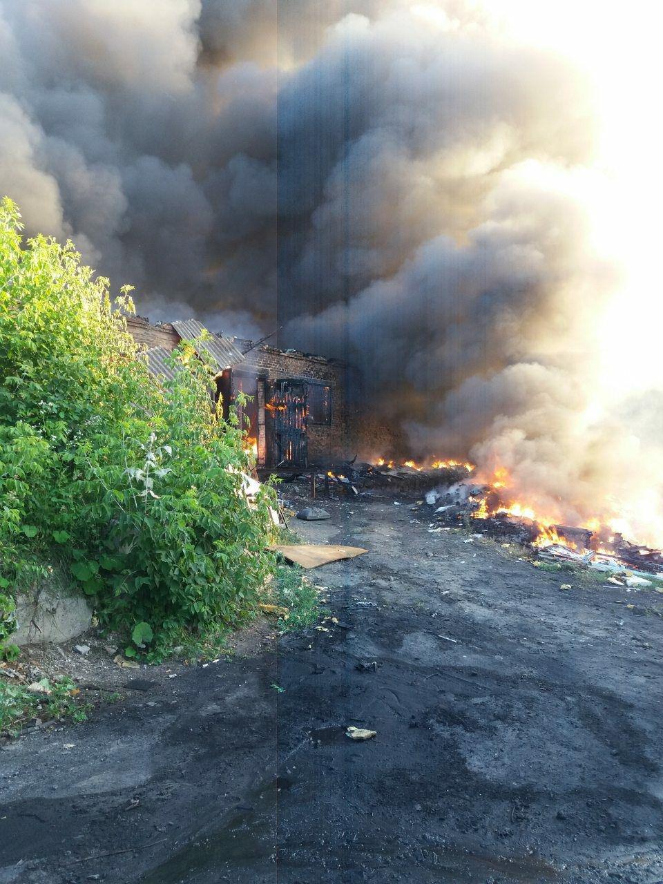 Кіровоградська область: вогнеборці загасили пожежу нежитлової будівлі (ФОТО), фото-1