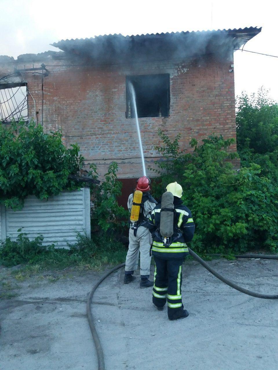 Кіровоградська область: вогнеборці загасили пожежу нежитлової будівлі (ФОТО), фото-3