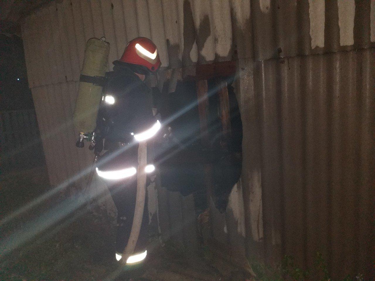 Кіровоградська область: на вихідних вогнеборці загасили 4 пожежі у житловому секторі та 3 займання сухої трави і сміття (ФОТО), фото-1