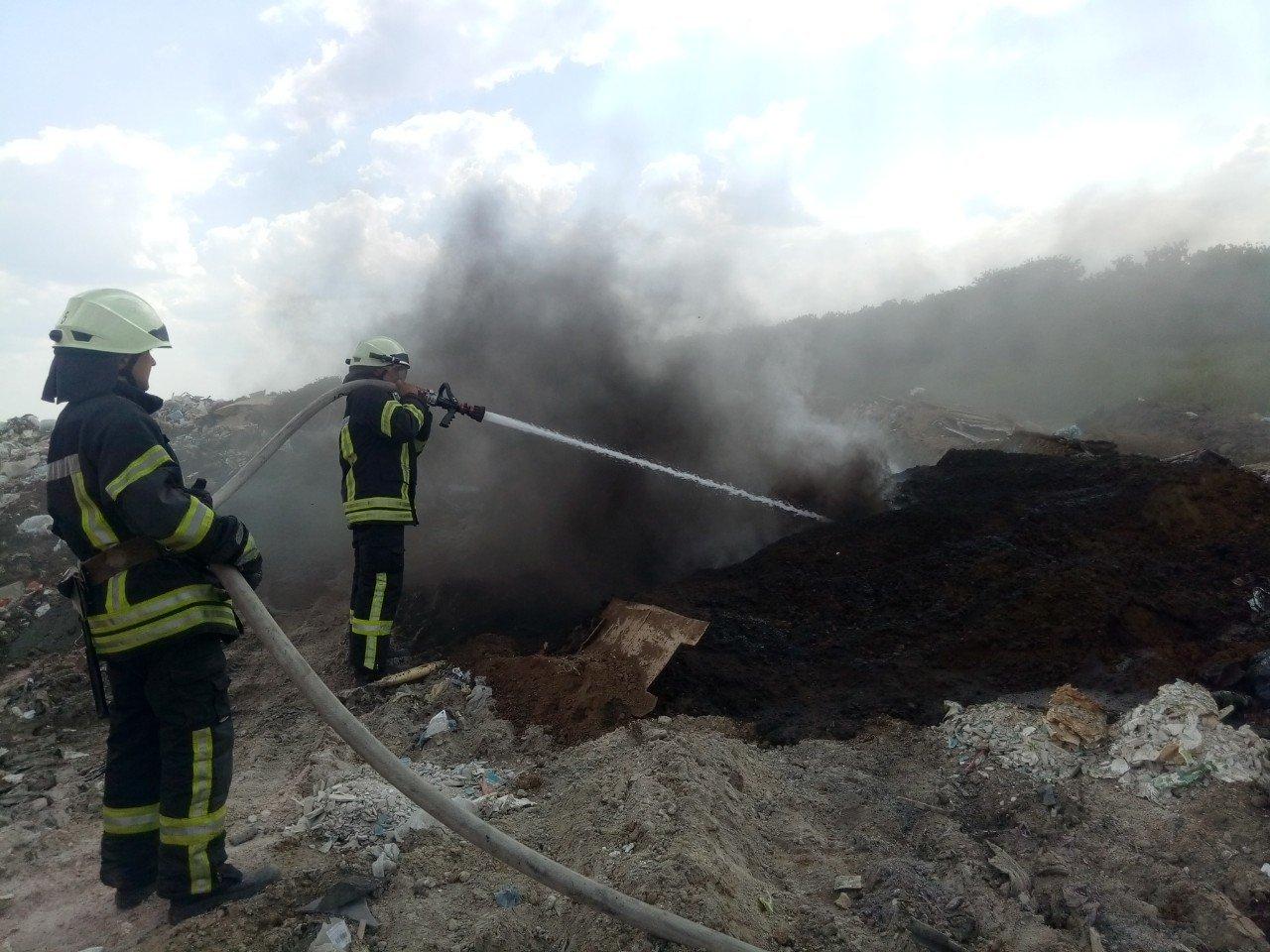 Кіровоградська область: на вихідних вогнеборці загасили 4 пожежі у житловому секторі та 3 займання сухої трави і сміття (ФОТО), фото-5