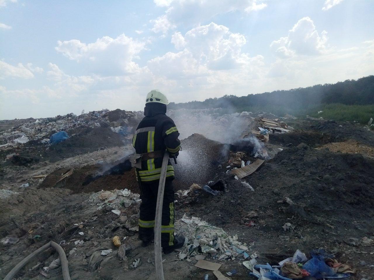 Кіровоградська область: на вихідних вогнеборці загасили 4 пожежі у житловому секторі та 3 займання сухої трави і сміття (ФОТО), фото-6