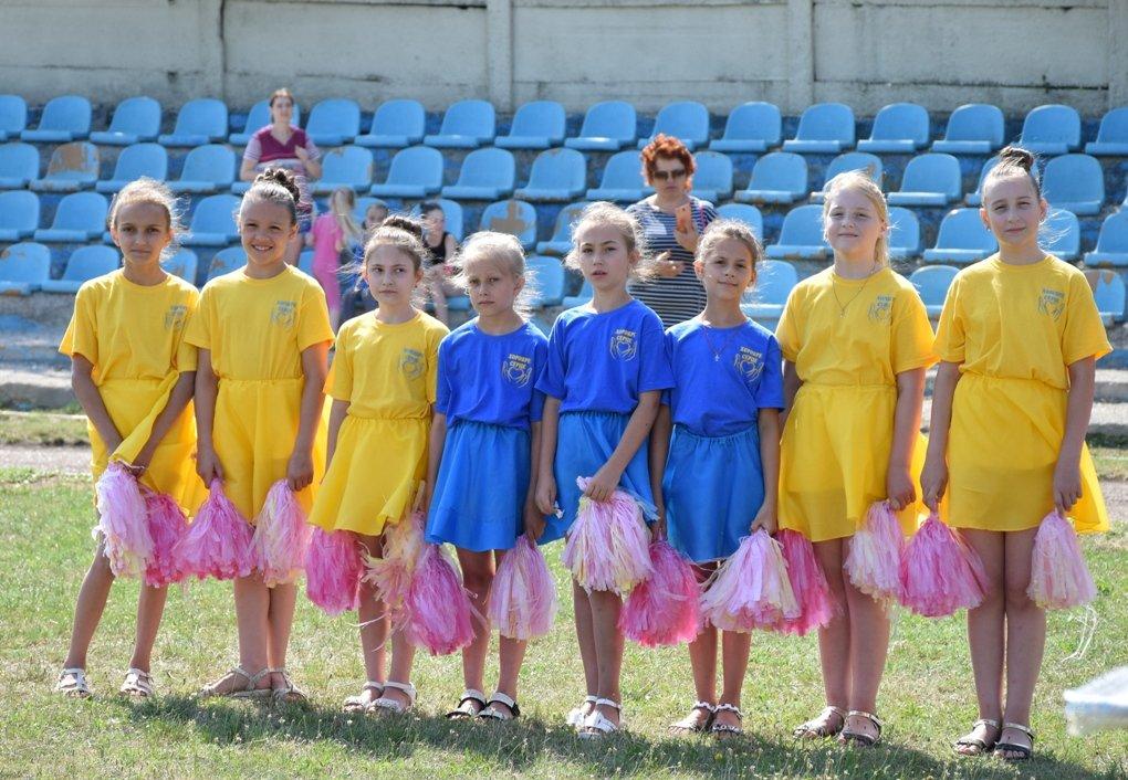 В Голованіську відкрили сучасне спортивне поле (ФОТО), фото-1