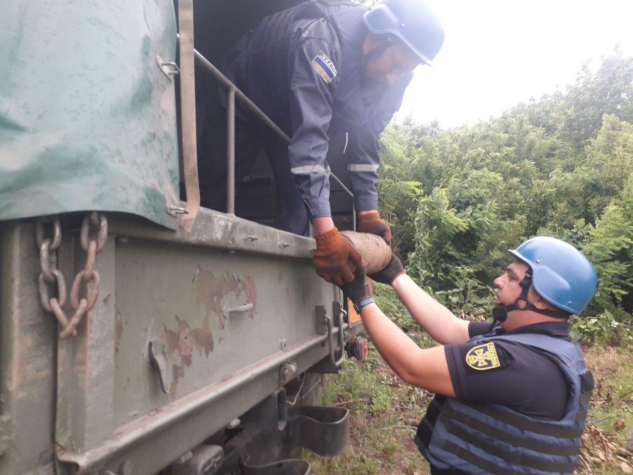 Кіровоградщина: сапери знищили дві міни часів Другої світової війни (ФОТО), фото-1