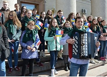 Париж, ми з тобою - жителі Кропивницького виказали підтримку французам